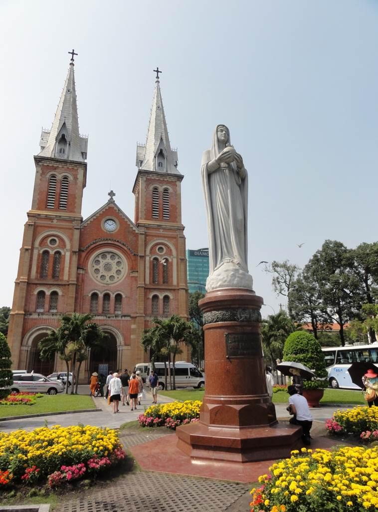 Notre Dame-katedralen i Ho Chi Minh-staden